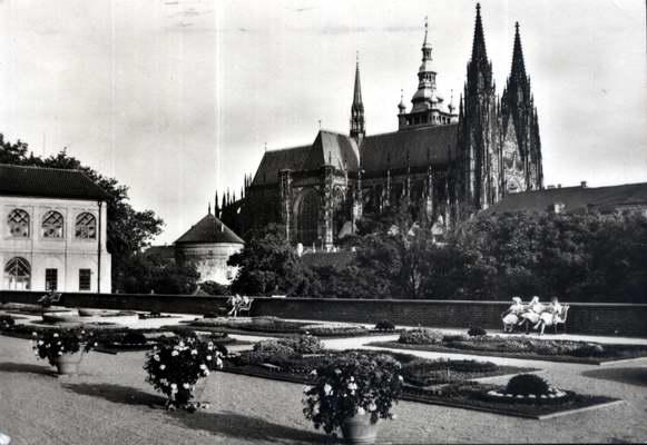 Pohlednice, Praha, Terasa u Jízdárny, 1964
